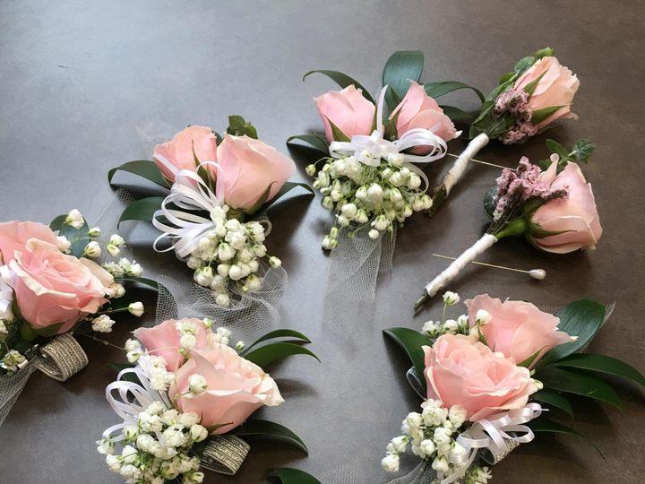 Tmx Img 60481 51 950801 158105067039722 Little Suamico, Wisconsin wedding florist