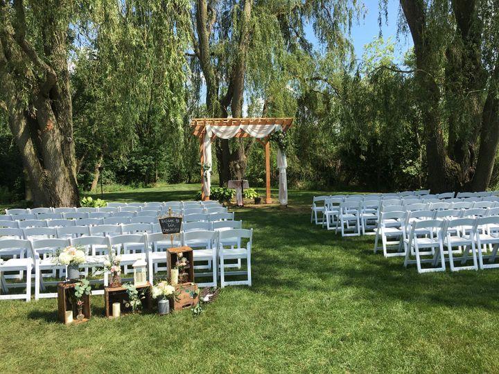 Tmx Img 61841 51 950801 157483731219805 Little Suamico, Wisconsin wedding florist