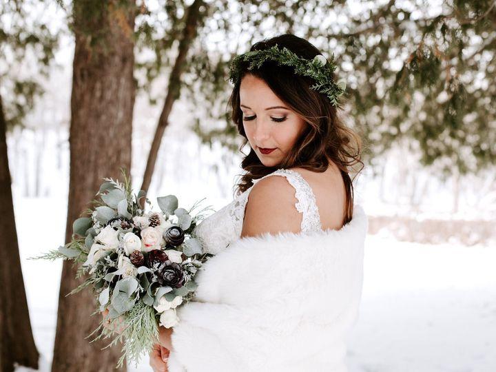 Tmx Img 63291 51 950801 158105025264931 Little Suamico, Wisconsin wedding florist