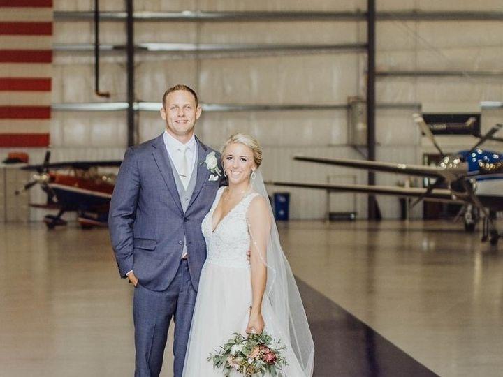 Tmx Img 64221 51 950801 158105120479977 Little Suamico, Wisconsin wedding florist