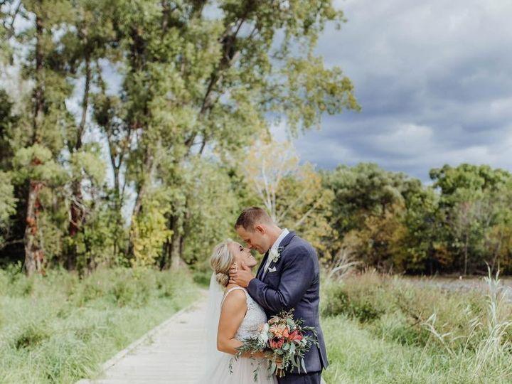Tmx Img 64231 51 950801 158105002382355 Little Suamico, Wisconsin wedding florist