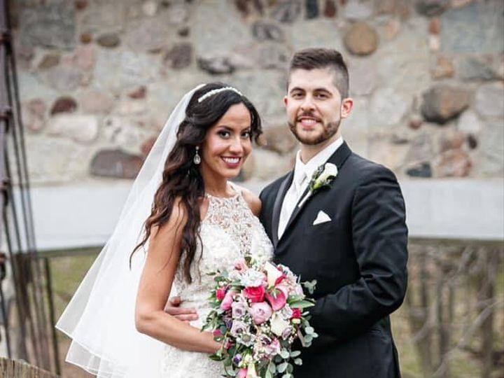 Tmx Img 66721 51 950801 157483786557213 Little Suamico, Wisconsin wedding florist