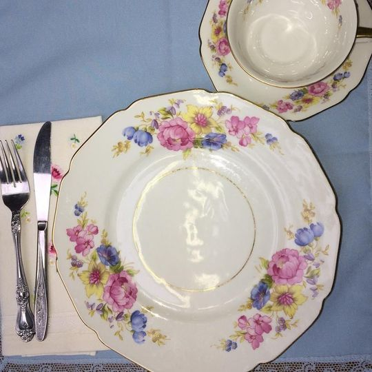 Floral plate designs