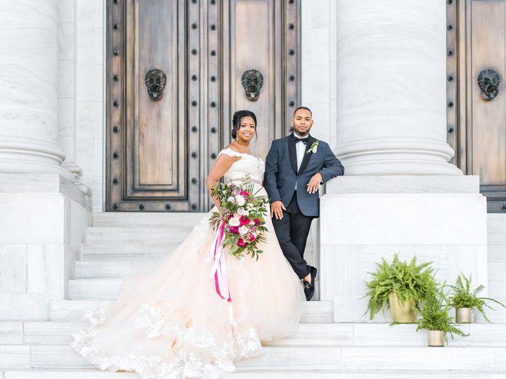 Tmx Lisa Gloff Favorites 0077 51 652801 Manassas, District Of Columbia wedding florist