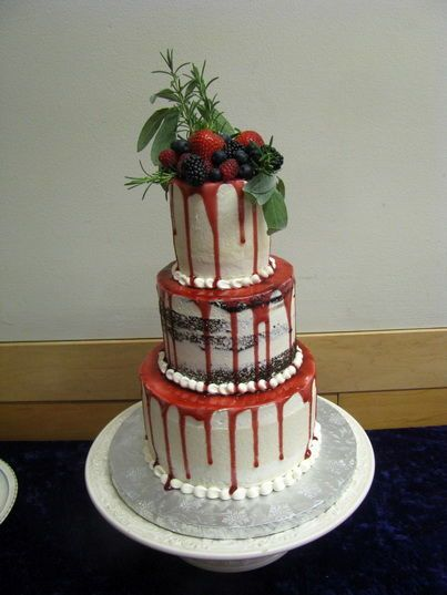Tmx 1516842575 6aff6586ac6f99a1 1516842573 Abbfdd10cc85081e 1516842559675 25 CDLC065 Renton, WA wedding cake