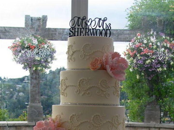 Tmx 1516842592 0adbbaf37c6b0457 1516842563 E91c6b6f941c5084 1516842559347 10 CDLC021 Renton, WA wedding cake