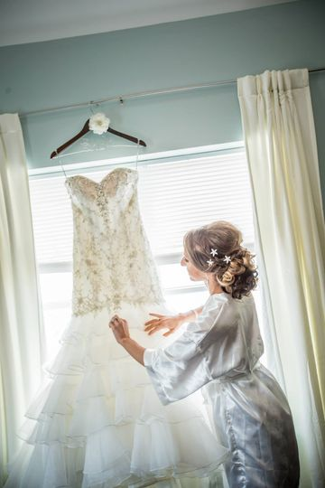Timeless Bride's By The Loft