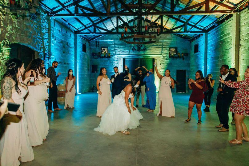 Bride gettin' down!