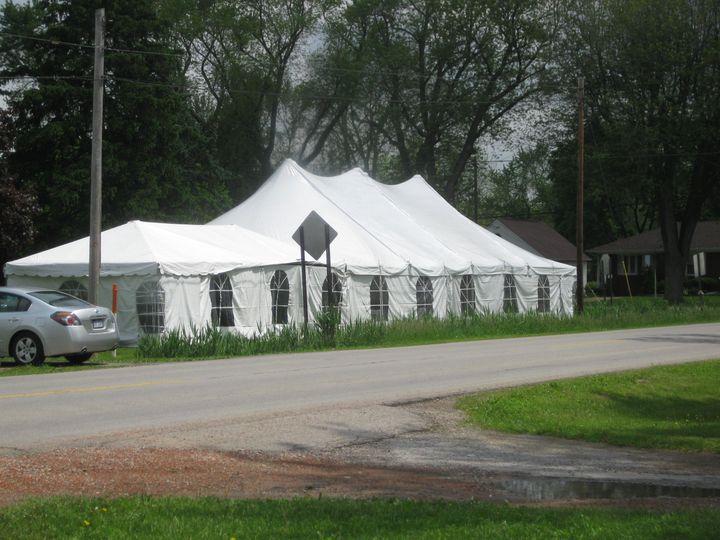 Roadside tent