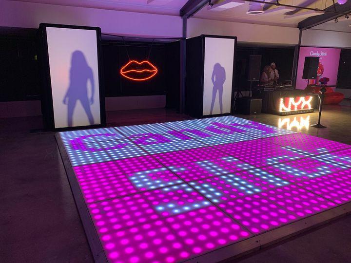 Dance floor and vertical screens