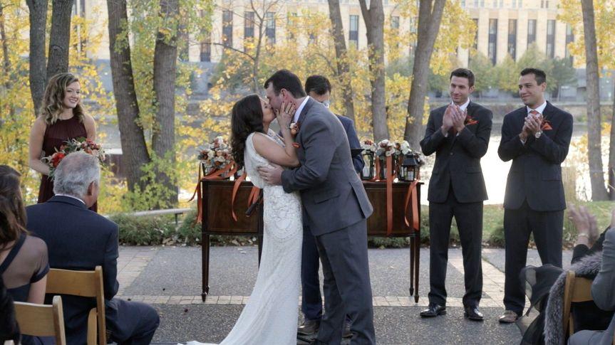 e6adab266714206b 1485547253648 nataliepatrick kiss