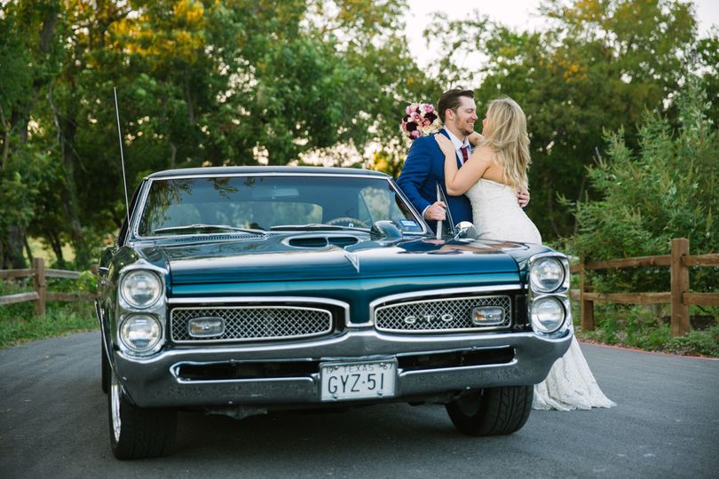 classic car wedding photo 1