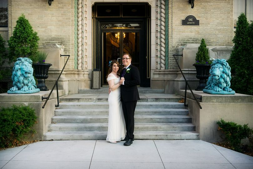 Just married, Lafayette Grand