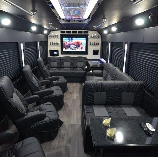 Luxury limo coach