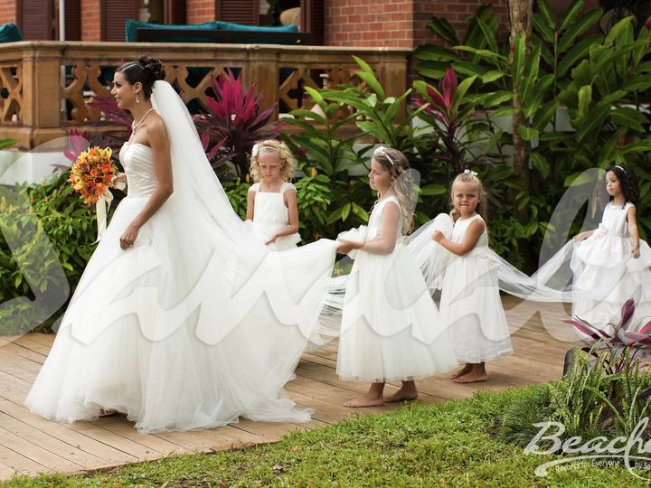 Tmx Trade Bng Bridalprep Coinc 0493 51 1875901 1570500680 West Chester, PA wedding travel