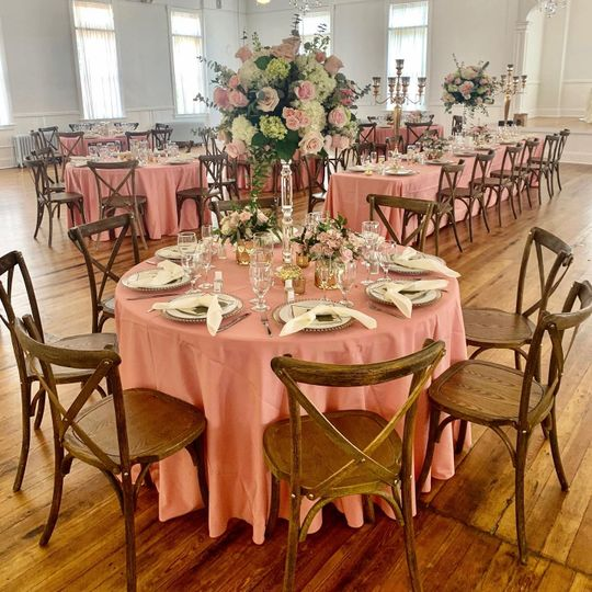 Cocktails Catering Linens