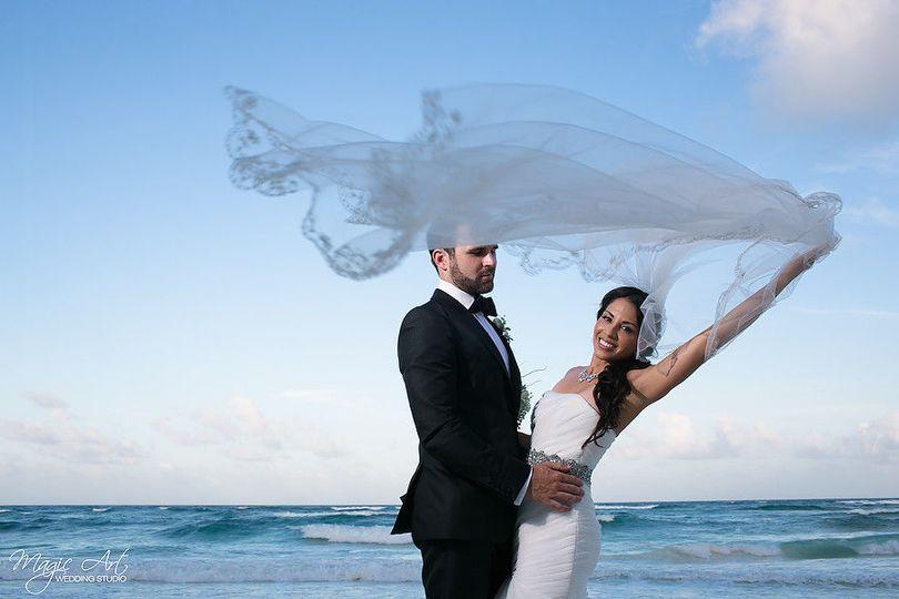 150e77e06a8e2f31 1502310184425 wedding edith brain83