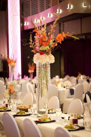 Raised centerpiece
