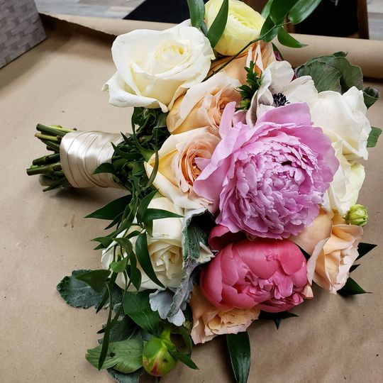 a 1 peony lavender and pink bouquet 51 1051011 1561241342