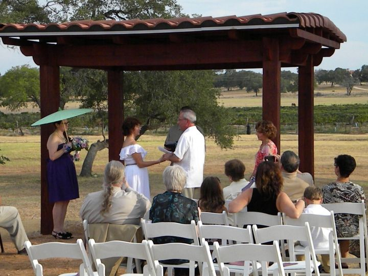 Summer outdoor ceremony
