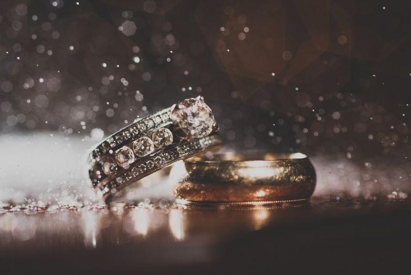 Masonic Temple, Detroit wedding ring closeup