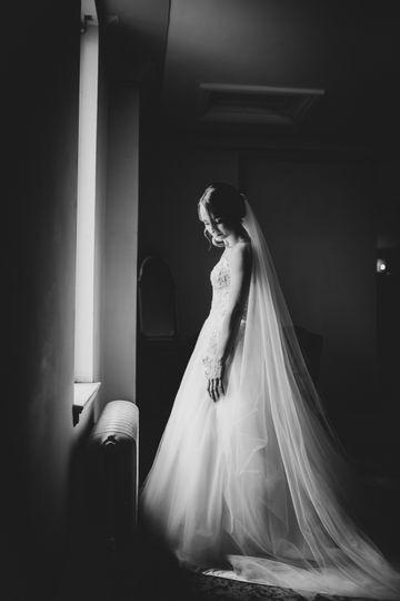 Masonic Temple, Detroit bride in black and white