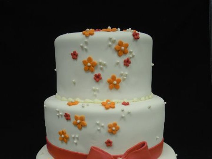 Tmx 1334021955872 0024 Clearfield wedding cake