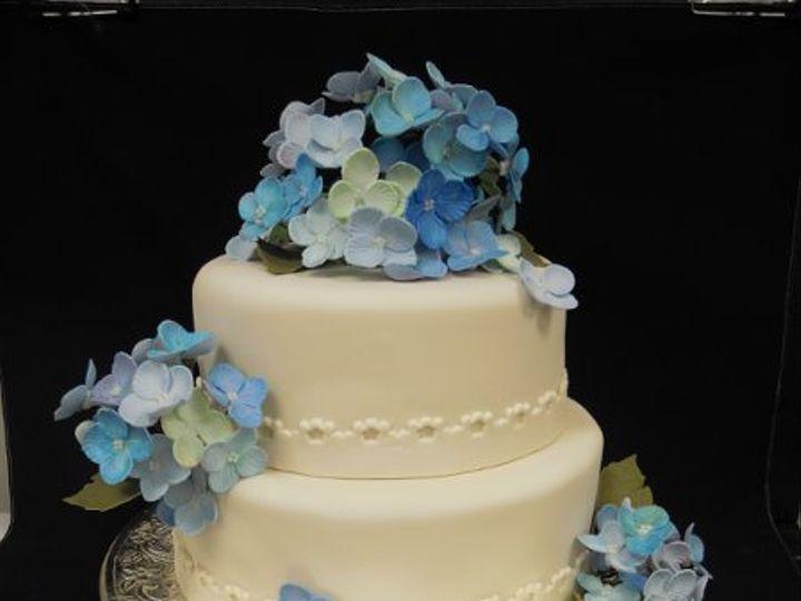 Tmx 1334022287891 021 Clearfield wedding cake