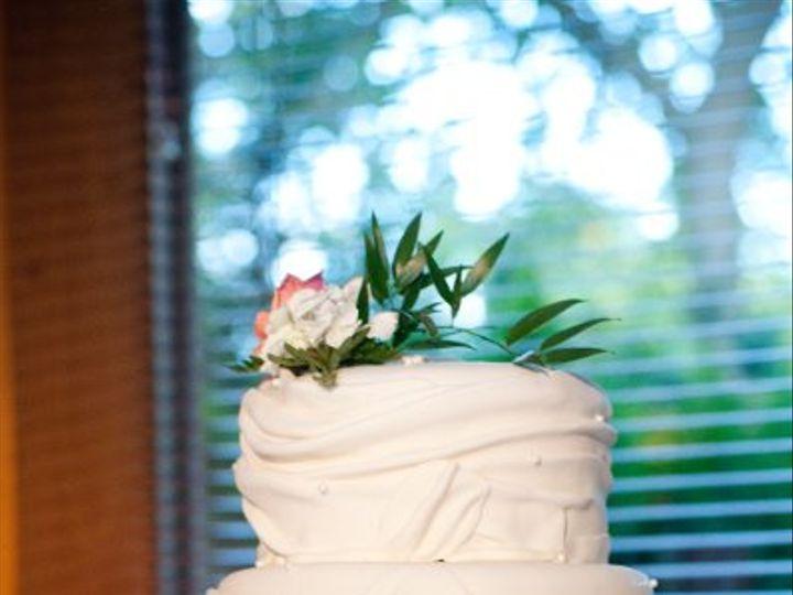 Tmx 1334022902727 Wrapstylecake.front Clearfield wedding cake