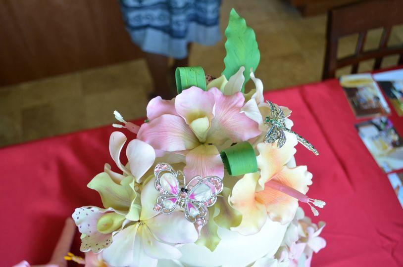 hawaiian wedding topper