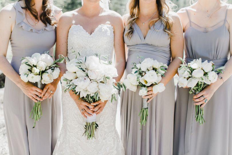 Bouquets aplenty - Maija Karin Photography