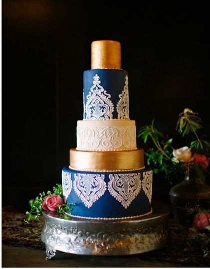 Edible art cake shop wedding cake charlotte nc weddingwire junglespirit Image collections