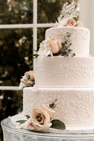 Lita & Ryan's Beautiful Cake