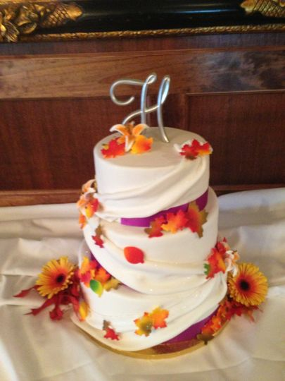 fall with draping wedding cake 51 1031111