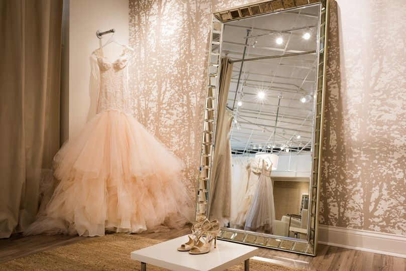 b4527f72484 Annika Bridal Boutique - Dress   Attire - Minneapolis
