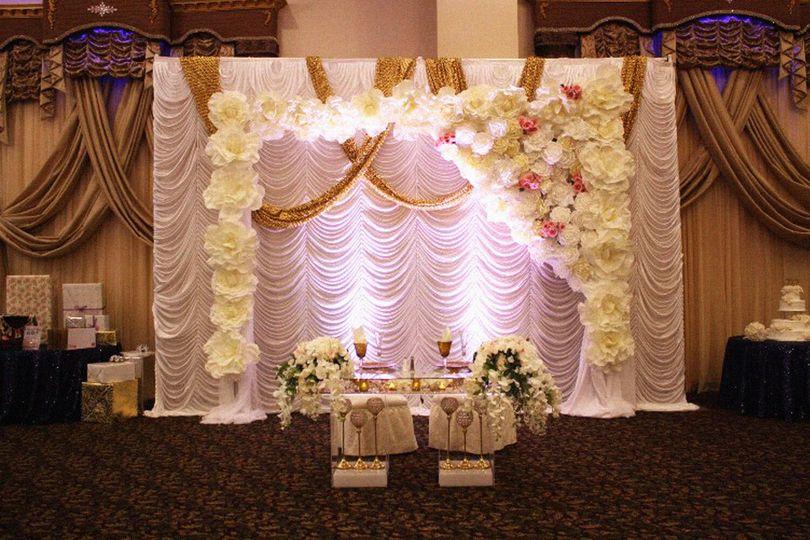 Table setup for the couple