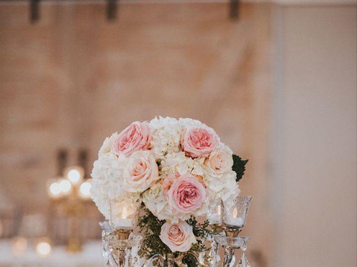 Tmx 1516250539 495f09d13cf77348 1516250538 25b8edc951ca80b6 1516250538559 2 P2551567632 O71403 Cypress, Texas wedding florist