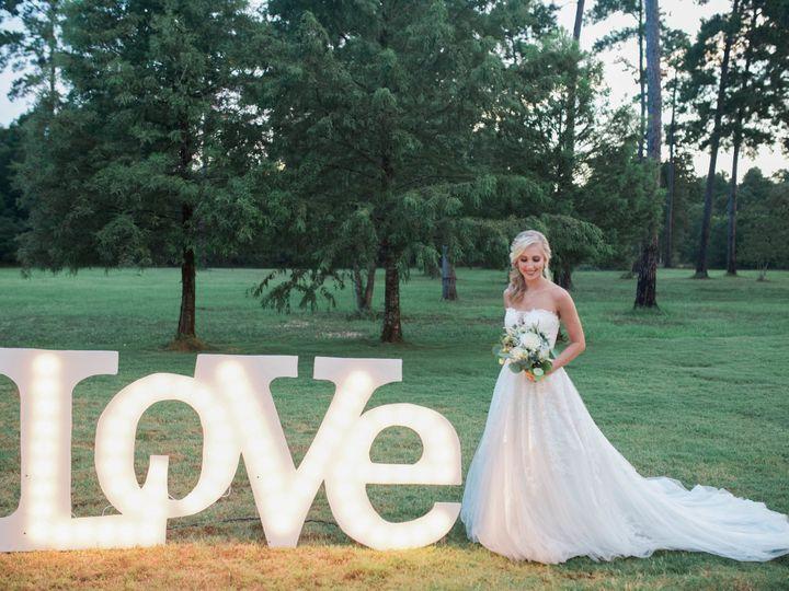 Tmx 1516250674 610d98efb698823f 1516250671 8cb709949caa9aeb 1516250666642 7 15AcresStyledShoot Cypress, Texas wedding florist