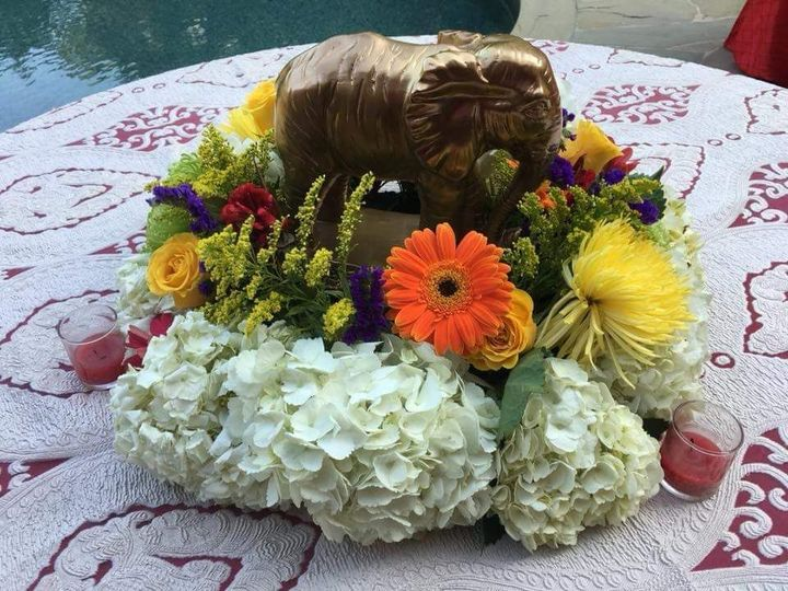 Tmx 1520481769 79d387a84f807688 1520481768 3ba5dc8b5d3a20a5 1520481767438 15 FB IMG 1508079646 Cypress, Texas wedding florist