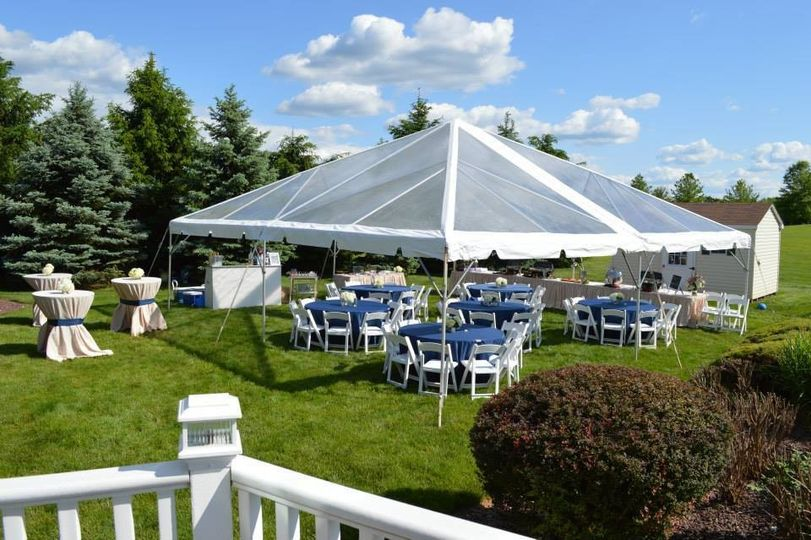 b and b tent rental 6