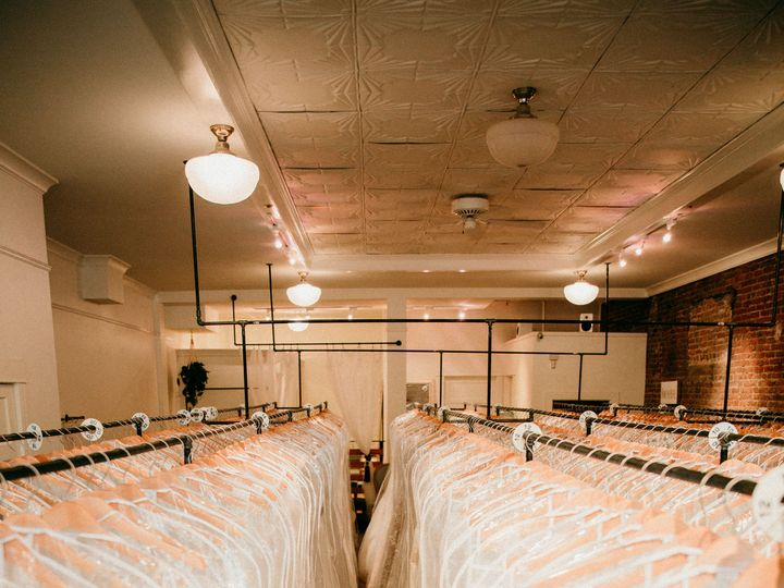 Tmx 1526434237 5f73987f8c32e41a 1526434234 413f57853d350d58 1526434226434 7 GH6A7394 Seattle, WA wedding dress