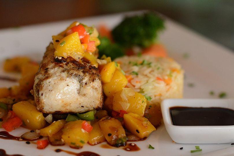 Fish with Salsa of Fresh Mango