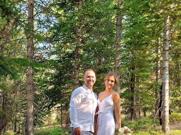Tmx Dr Couple Long Shot 51 726111 160384648690220 Vail, CO wedding officiant
