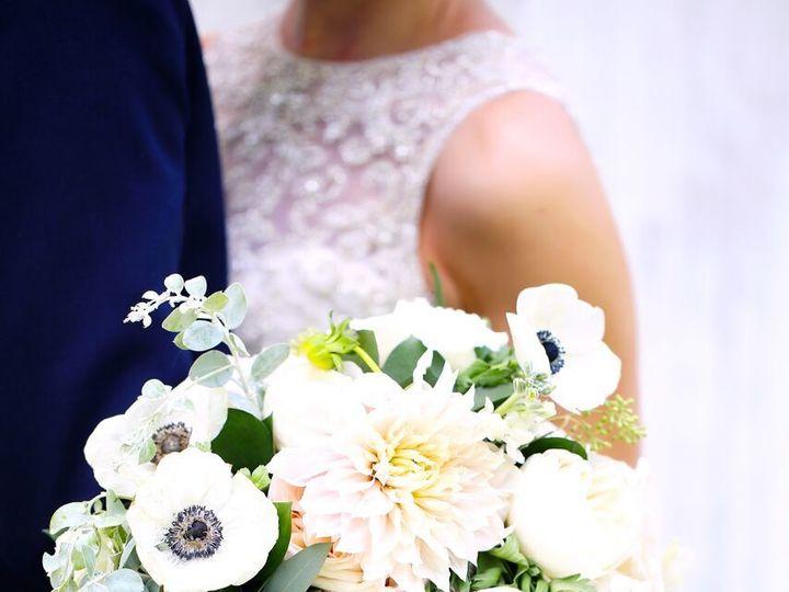 Tmx 1530640931 E756a62bd965edca 1530640929 863b999880db0206 1530640923087 20 MAY47254 Preview Grand Rapids, MI wedding florist