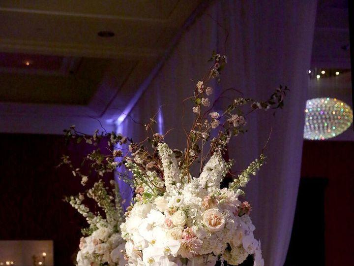 Tmx 1530640931 F1c7f26abce48026 1530640928 3c9b0769c54d5c13 1530640923084 18 KMAY6792 Preview Grand Rapids, MI wedding florist