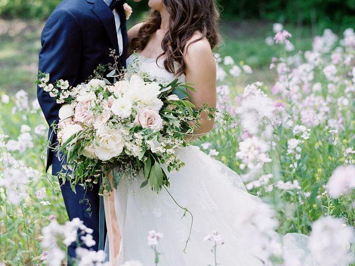 Tmx 1530640934 5f1a87dc9b3bb951 1530640933 Ffa6d30d9b6c2ec4 1530640923100 29 Vicki Grafton Pho Grand Rapids, MI wedding florist