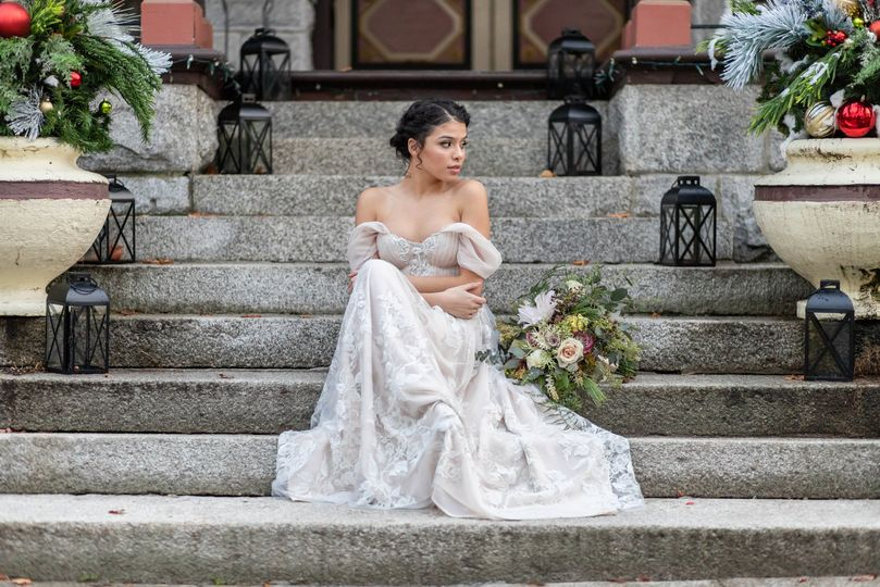 Bride outside the mansion