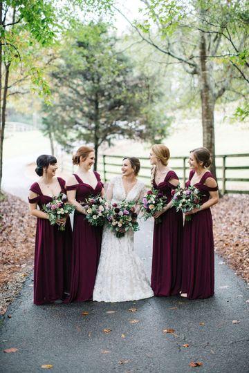 The bride with friendsi