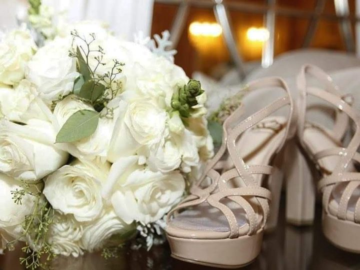 Tmx Bouquet And Shoes 51 1950211 158770323927371 Houston, TX wedding florist
