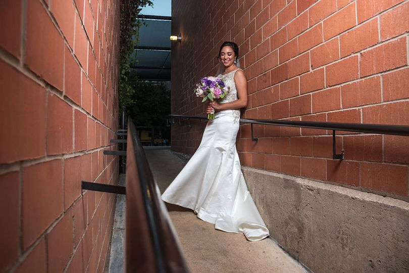 bca6de80003f65a2 1528466382 be868fd00ce51b00 1528466378352 6 Bridal Session Pea
